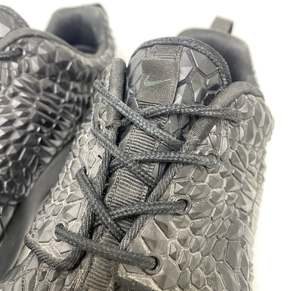NIKE ROSHE Run DMB Limited Edition Black Scales